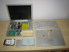 Disassembeld PowerBook G4