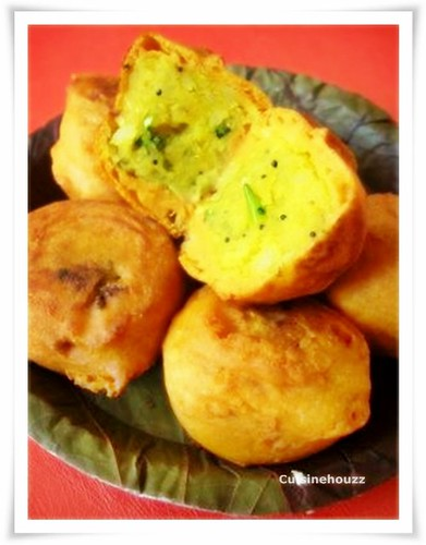 The Batata Vada is the North Indian(Bombay) street food version.Try ...