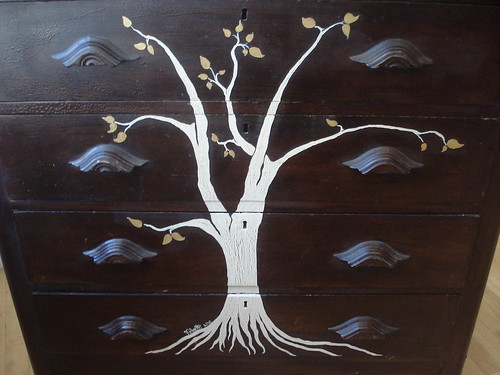 Swankety Swank Showcase: Twilight Tree Dresser (detail)