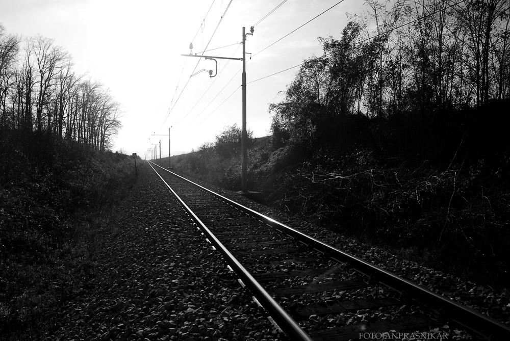 Železniški tiri