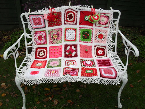 I just love these pretty Squares. My favourite colour is pink....>