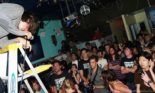 06.06 the Horrors @ Pianos (41)