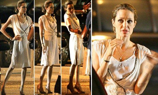 Angelina Jolie está esquelética