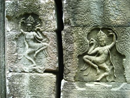 Carvings at Banteay Kdei