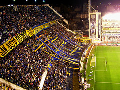 La 12 (Pankcho) Tags: argentina football buenosaires stadium soccer explore estadio passion fans boca barra brava cancha mauricio supporters ftbol bocajuniors ultras bombonera hinchas pasin fanticos cabj caranta la12 xeneizes lamitadmsuno