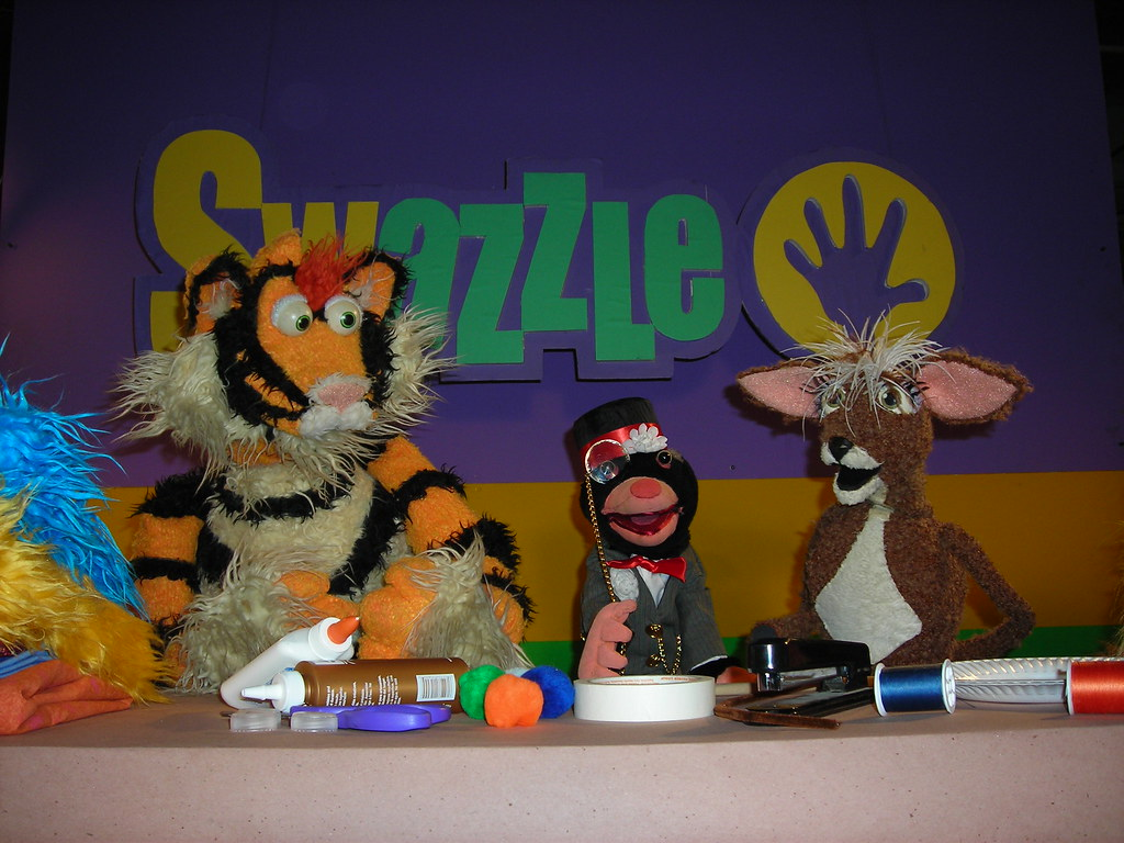 Tiger, Mayor Mole, and Mousedeer