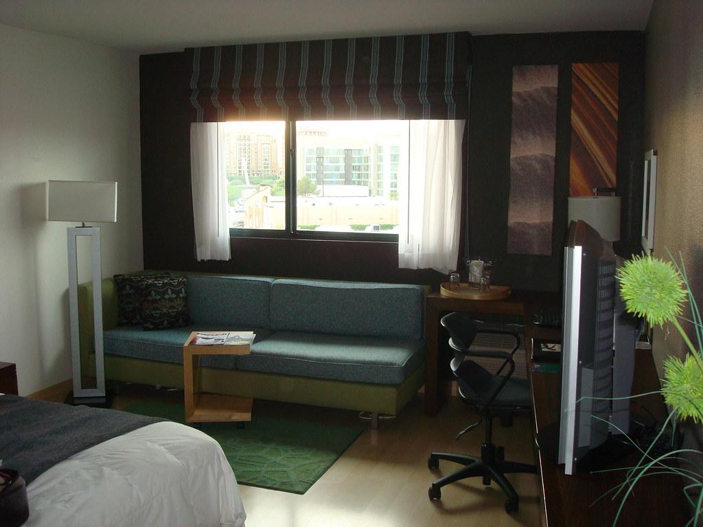 Hotel Indigo Room