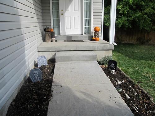 Halloween walkway