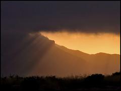 Summer sunset (Ubierno) Tags: light sunset sun mountain luz sol atardecer alicante rayo montaña peña cid alacant peñadelcid ubierno