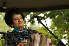 Antonia Apodaca (wycombiensian) Tags: plaza music santafe apodaca antoniaapodaca triojalapeno