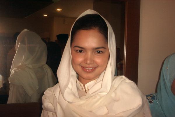 Gambar Tudung Siti Nurhaliza