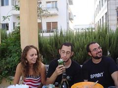 Huh? (misstuesday) Tags: people beer america telaviv picnic afternoon alcohol marissa jello 4thofjuly huh erez randomdude