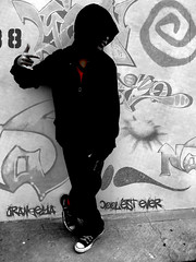 Hide behind an empty face (Orangeya) Tags: bw white black grafitti converse p lolo ever coolest saleh 30secondstomars orangeya mscamera beautifullie 0rangeya saleh2