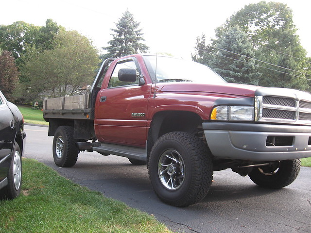 truck diesel body turbo dodge ram cummins kn 2500 stake flatbed lifted 12v straight6 doubleclutch 1stgeneration 6bt dodgeflatbed stakebodyflatbed dodgeram19962500diesel camplate