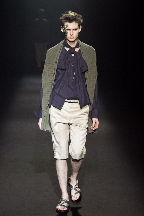 Matteo Haitzmann3031_SS11_Tokyo_Lad Musician(Fashionsnap)