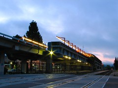 east bay platform (pbo31) Tags: above ca blue light sky black color northerncalifornia june night america dawn metro bart commute sanfranciscobayarea commuter eastbay hayward elevated californian 2007 bartstation metroplex urbanarea bartline