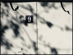 9 (Jasmic) Tags: shadow urban house germany walk 9 number utata derelict fragment