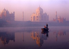 On the banks of the Jumna (Ran Chakrabarti) Tags: india taj mahal agra ran chakrabarti