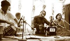 An Evening with Ustaad Salamat Ali Khan (Musti Mohsin) Tags: pakistan music ali khan rag harmonica ghazal salamat ustaad