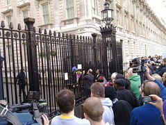 Letter taped to Downing Street's gates
