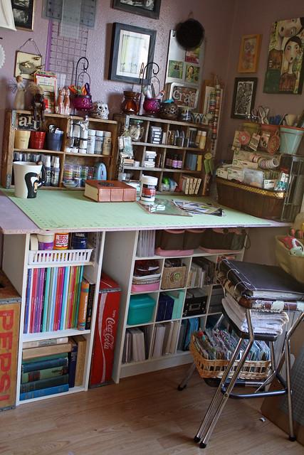 Artroom - Craft Table
