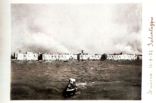 İzmir yanıyor. 14 Eylül 1922