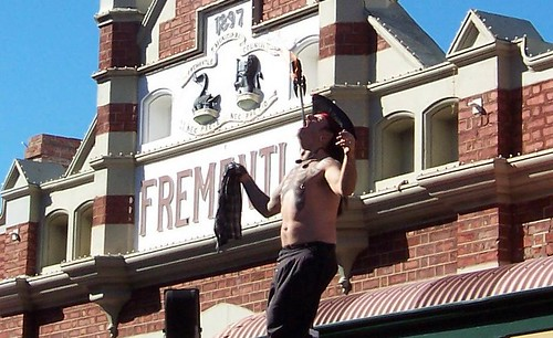 Sword swallowed at Fremantle Markets