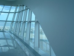 Milwaukee Art Museum - window wall
