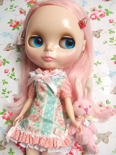 Blythe Peach by mon*chaton.