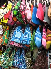 Bolsas (PiaG) Tags: stilllife london colors catchycolors colours 2006 howwearenow piag piagandolfo