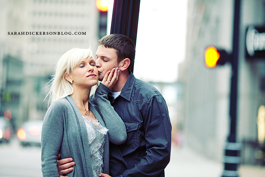 Kansas City Power and Light District engagement session