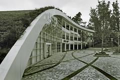 Shigeru Ban 1-1 (ken mccown) Tags: china plaza architecture design modernism curvy kunming curve greenroof landscapearchitecture shigeruban landscapedesign
