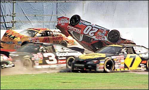 NASCAR DAYTONA 500 Crash