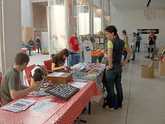 474734025_17083e3a8e_b (meet2biz) Tags: music tattoo design expo live moda salone locali tatuaggio fuori salotto djset creativo abbigliamento meet2bizshop ziguline
