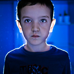 (paolomezzera) Tags: blue light portrait face flash alien canonef35mmf2 et ritratto testshot paulmezzer authorsclub