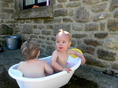 My kids are cool kids. ( - s  ) Tags: kids cool twins bath punk kinderen bad funky kind shampoo mohawk karel stoer madelief tweeling hanekam
