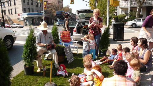 Park(ing) Day 2007 : Cortelyou Rd. Park, Brooklyn!