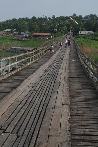 The Mon bridge