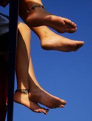 happy feet - neeli ayaklar (Rana___) Tags: feet ayak vapurda halhal fotorafkraathanesi superaplus aplusphoto