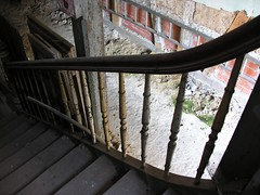 Upstairs to the rooms of the house with the blue door (:Linda:) Tags: germany thuringia town hildburghausen housewiththebluedoor decay stair step banister above below ladder rubbish row archway clay wall architecture peelingpaint fachwerk fachwerkhaus ziegelstein treppe stufe halftimbered brick backstein ausholzgemacht madeofwood wooden holzgegenstand timber timberconstruction abblätterndefarbe timberframing ziegelsteinhaus ziegelsteingebäude ziegelsteinwand brickhouse bird´seyeview palaisfeuchtersleben vertical