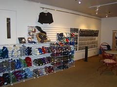 052 (wrinklesbegone) Tags: shop yarn yarnshop