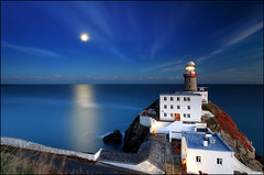 Moonrise - Baily Lighthouse - Dublin (angus clyne) Tags: road county city blue ireland light sunset sea howth dublin irish sun moon lighthouse house fish seascape storm west building home wet water night port way point landscape lost island star drive bay coast pier boat fly long exposure ship harbour south tide country north flight wave calm east moonrise hour sail moonlight rough rise noise find baily leefilter