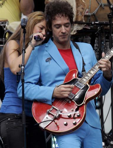 Cerati & Shakira