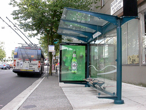 Vancouver S Bus Shelters And Garbage Bins Spacing Toronto