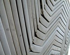 zigzag - by estherase
