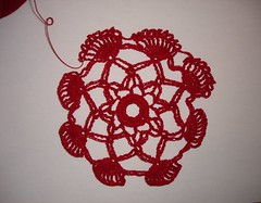 Pineapple Petals Doily 01