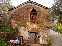 Somebody lived happily (egotoagrimi) Tags: house architecture ghost ikaria aegean greece messaria   agrimi trailofthesage
