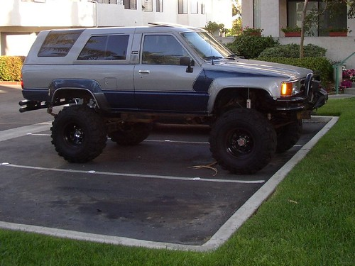 1985 4Runner Parked 4