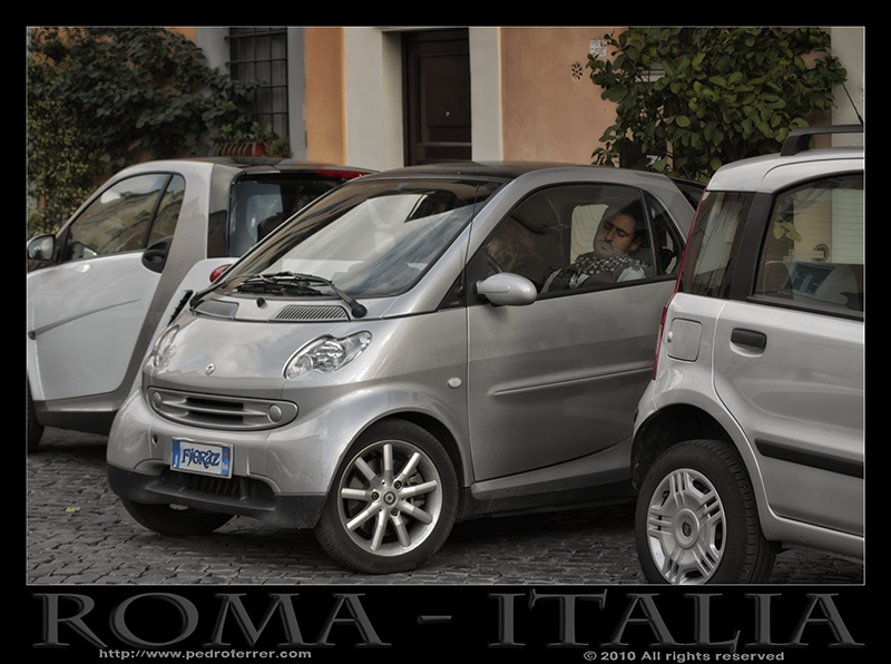 Roma - Trastevere - Aparcar no es un problema