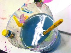 Paint It Blue (Douglas 'Azevedo) Tags: blue light pet black art water glass azul brasil ink paint arte secret c it brush lg sp jar paulo douglas garrafa so tinta pincel silva colgio reflction guarulhos eniac azevedo kf750 kf755 douglassilvaazevedo